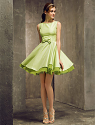 Lanting Bride Short / Mini Taffeta Bridesmaid Dress A-line Bateau Plus Size / Petite with Bow(s)