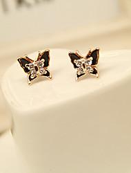 Papillon Aimer Motif de la femme Zircon Stud Earing
