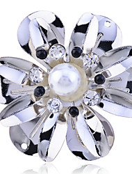 Korean Crystal Several-Petal Paster Pearl Ring