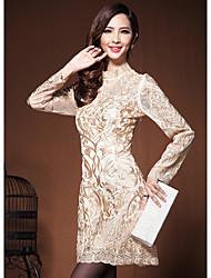 Duolabana Elegante cuello alto vestido del bordado (Champagne)