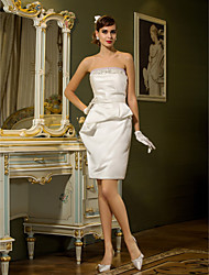 Lanting Bride® Sheath / Column Petite / Plus Sizes Wedding Dress - Chic & Modern / Reception Short / Mini Strapless Satin