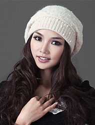 Xiaerbeiluo Pearl Knitted Hat(Cream)