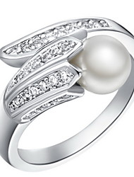 Fashionable Sliver With Cubic Zirconia Line With A pearl Women's Ring(1 Pc)