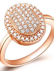 Lussureggiante Sliver o d'oro con anello Cubic Zirconia delle donne Round (1 Pc)