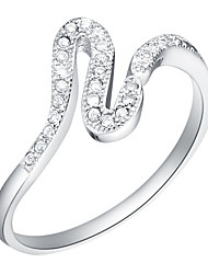 Simple Style Sliver Clear With Cubic Zirconia Line Women's Ring(1 Pc)