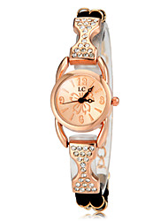 Vrouwen Diamante Rose Gold ronde wijzerplaat pu band quartz analoog Fashion Watch (assorti kleur)