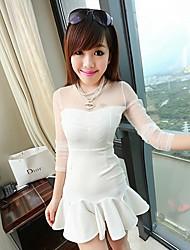 malla de cuello redondo de las mujeres / volante mini vestido, negro de algodón / ocasional blanco