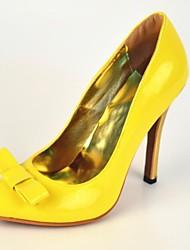 Damenschuhe - High Heels - Büro / Lässig / Party & Festivität - Lackleder - Stöckelabsatz - Absätze / Spitzschuh - Gelb