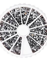 1300pcs 2mm Silber Rund Nail Art Acryl Strass