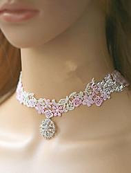 Chica con Encanto blanco hecho a mano de la flor del cordón de Lolita dulce collar