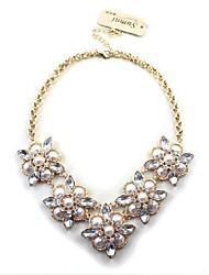 Women's Flowers Short Luxury Gold Necklace