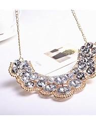 Prominente Frauen Glitzernde yakeli Big Diamant-Halskette