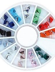 36pcs mischen Farbe 4mm Quadrat Würfel Kristall Strass Rad Nagelkunstdekoration