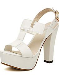 IPIEN Thick Heel Campagus Sandal (White)