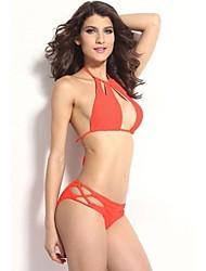 Sexy Découpes frais de femmes Halter Bikini Set with Strings