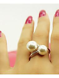 MIKI Flexible Big Pearl Ring