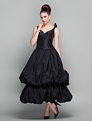 TS Couture® Cocktail Party / Holiday / Prom Dress - Black Plus Sizes / Petite Ball Gown V-neck Ankle-length Taffeta