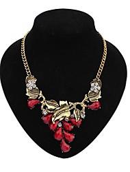 feuille de mode de collier de diamants de dossard des femmes