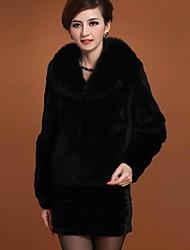 luotiduodi para mujer abrigo de piel de imitación de tamaño medio con cuello de piel