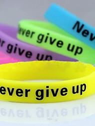 lureme®never geben noctilucent Druck Silikon-Armband Armband (gelegentliche Farbe) Schmuck