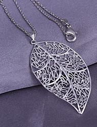 Vilin женщин серебра листьев кулон