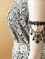 Handmade Western Back-to-ancients Black Lace Gothic Lolita Armlet