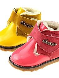zapatos para niños consuelan botas de cuero del talón planas con hebilla más colores disponibles
