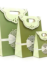 Coway 3Pcs The Green Color Version of The Cross Bow Gluing Simple Fashion Bag Party Paper Gift Bag Set