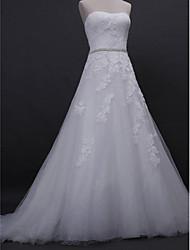 Lanting Bride® Trapèze Robe de Mariage  Traîne Tribunal Sans Bretelles Dentelle / Tulle avec Appliques / Perlage