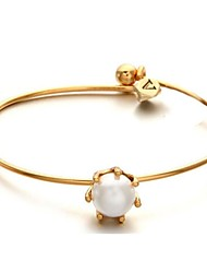 Concise Fashion Claw Pearl Gold-plated Bracelet