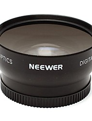 Neewer High Definition Auto Focus 0.45x 52mm Wide Angle Lens with Built-in Macro lens for Extreme Close-Up Shots