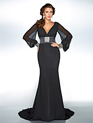 Formal Evening / Military Ball Dress - Plus Size / Petite Trumpet/Mermaid V-neck Sweep/Brush Train Chiffon