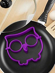 drôle œuf de hibou frire moule crâne de silicone omelette animale 12,7 * 14 * 1,5 cm (couleur aléatoire)