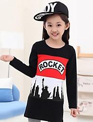 letras chicas impresión juego hechizo rojo de manga larga camiseta de puente