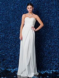 Lanting Bride® Sheath / Column Petite / Plus Sizes Wedding Dress Floor-length Sweetheart Chiffon with