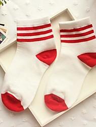 Джокер конфеты полосой три бара хлопчатобумажные носки чулки zhuoshang женской Южной Кореи a692 красный