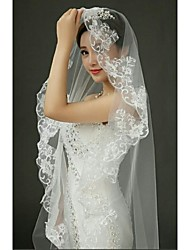 Graceful One Tire Chapel Bridal Veils with Scalloped Lace Applique  ASV25
