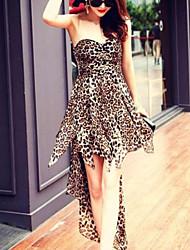 Sexy Lace Strapless vestido de renda irregular Plano Vestido Mulher Feminina