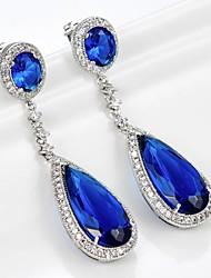 à long larme bleu saphir Pendants d'oreilles pour les femmes