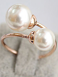 Women's Elegant Pearl Ring