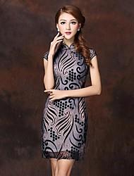 col montant haut de gamme modèle stéréoscopique robe chinois des femmes