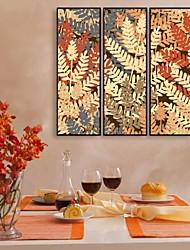 Floral/Botanical Framed Canvas / Framed Set Wall Art,PVC Black No Mat With Frame Wall Art