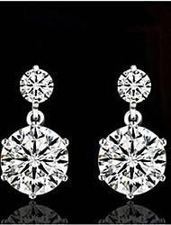toutes les oreilles vintage correspondant de pierres précieuses de luxe chanceux poupée femmes