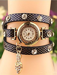 Women's 2015 The Latest Fashion Crystal  Leather  Quartz Watch Hot Sale(Assorted Colors) Cool Watches Unique Watches