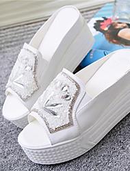 Keilabsatz - 6-9cm - Damenschuhe - Sandalen ( Leder , Silber/Weiß )