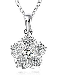 Fine Jewelry 925 Sterling Silver Jewelry Petals Flower with Zircon Pendant Necklace for Women