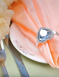 Wedding table setting --- Diamond  Heart-shaped Napkin Buckle