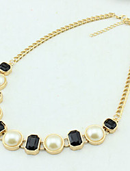 New Arrival Fashional Delicate Popular Geometric Pearl Necklace
