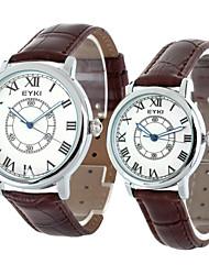 eyki casal moda pulseira de couro pu algarismos romanos mostrador de relógio de pulso de quartzo (duas opções de cores)