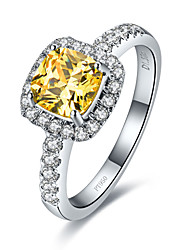 Sterling Silver 7*7mm 2CT Golden SONA Diamond Ring Engagement Jewelry Cushion Cut Halo Paved Semi Mount Platinum Plated